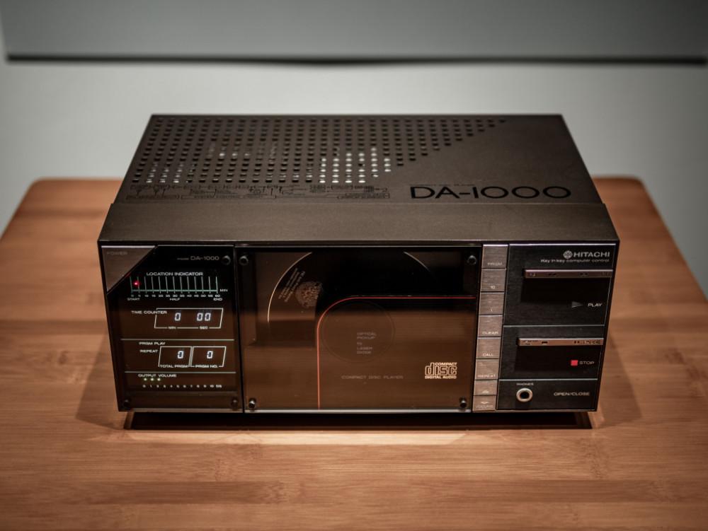 Begagnad Hitachi DA-1000
