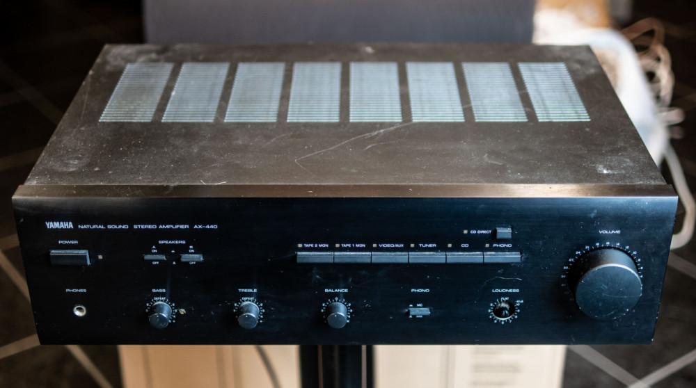 Yamaha AX-440