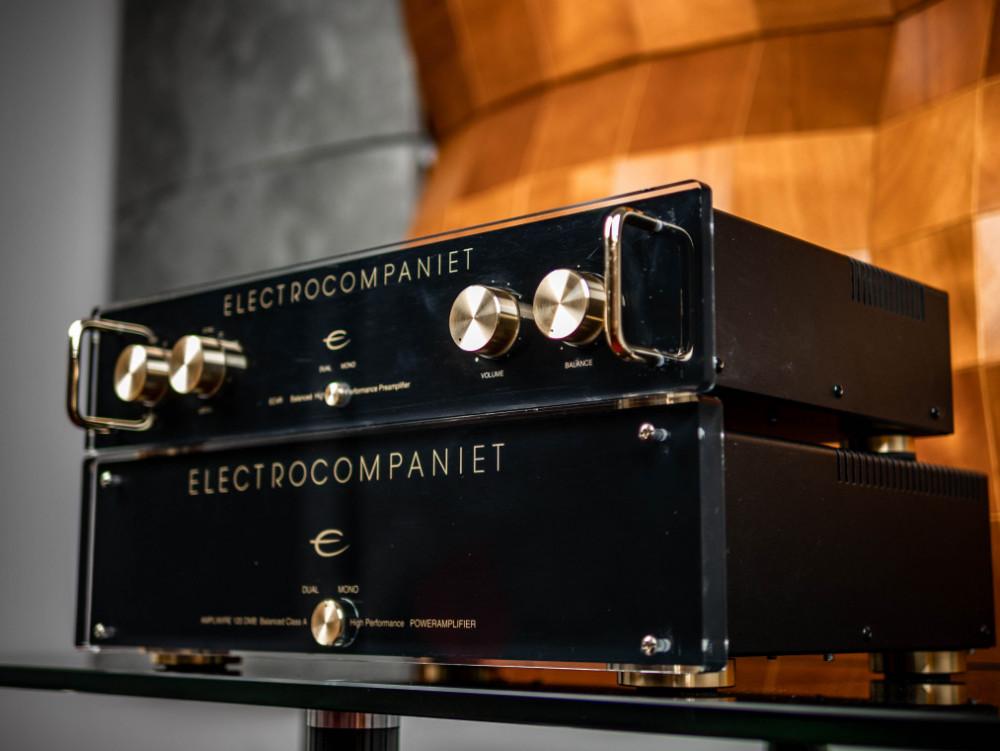 Electrocompaniet Begagnad AW120DMB + EC4R