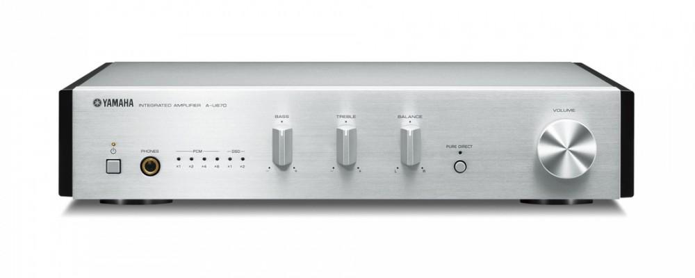 Yamaha A-U670 Silver